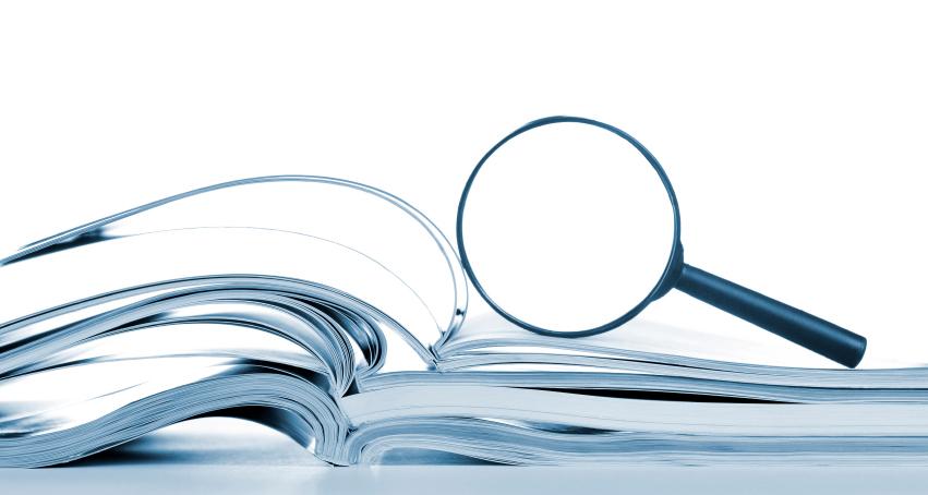iStock_bok og forstørrelsesglass_redigert
